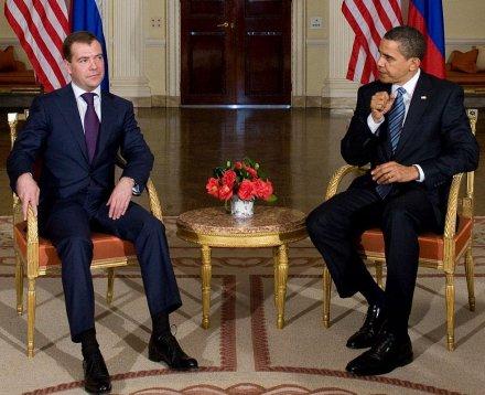Znaczenie wzrostu. B.Obama i D.Miedwiediew. AFP