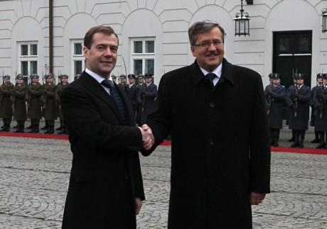 Znaczenie wzrostu. D.Miedwiediew i B.Komorowski