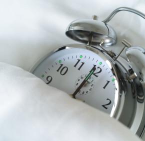 jak spac, by obudzic sie pelnym energii